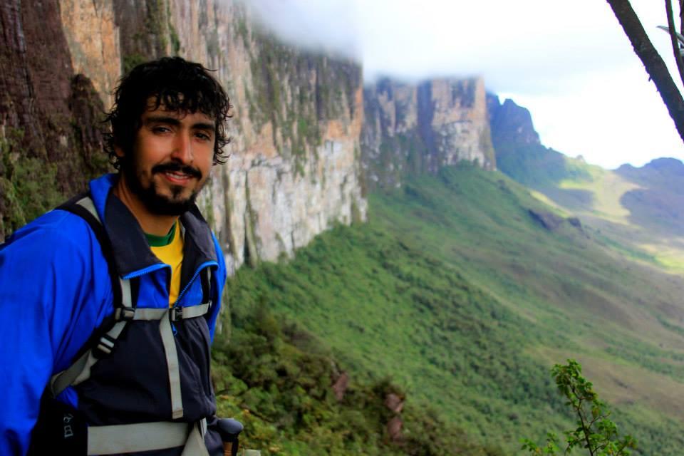 Prof. Dr. Thiago José Costa Alves