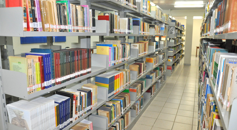 2016_06_01 Biblioteca 001
