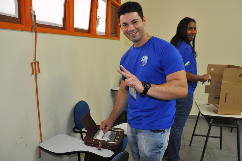 Regys Freitas, primeiro reitor eleito da UERR