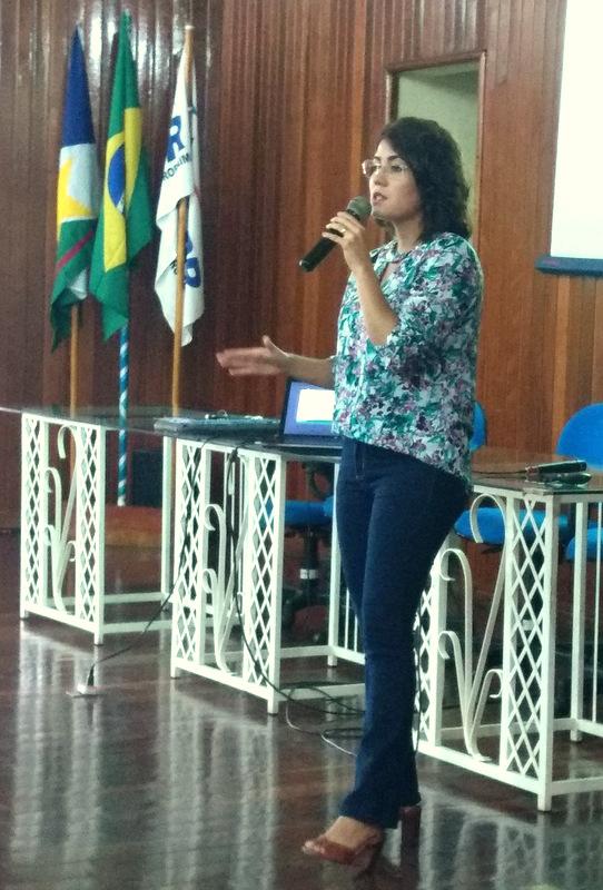 A palestrante Jéssyka Cruz Soares é egressa da UERR